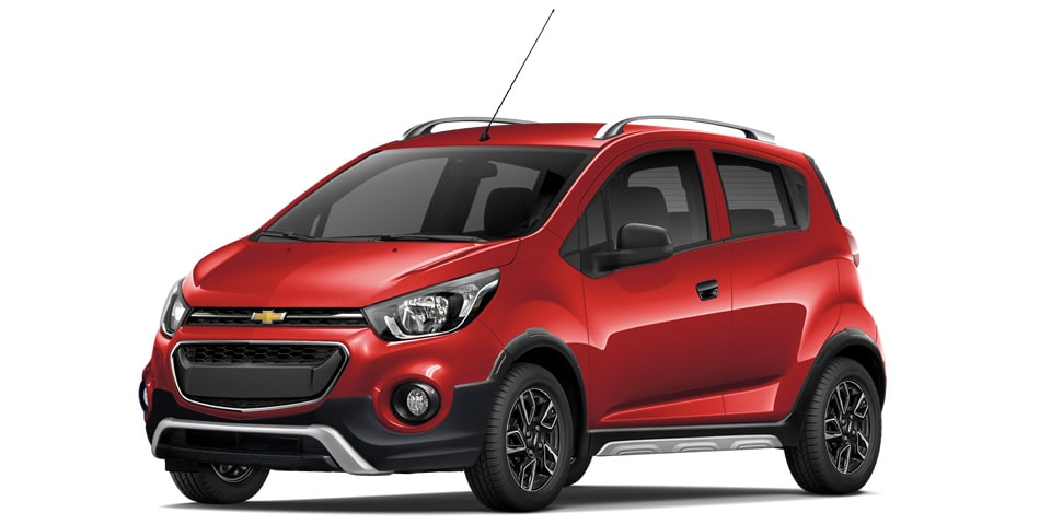 Chevrolet Beat Hatchback 2020 en color rojo granada