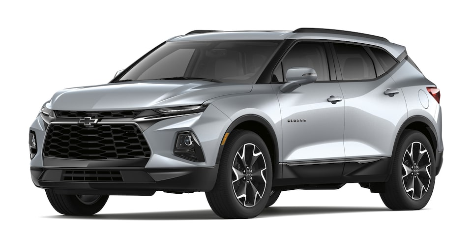 Chevrolet Blazer 2020, SUV mediana en color plata brillante